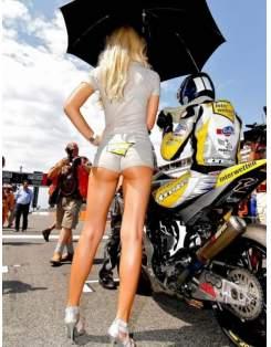 Moto devojka 6